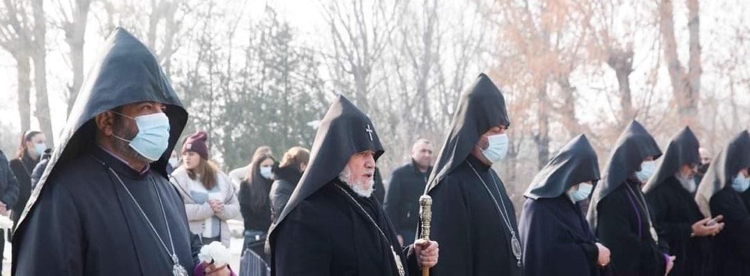 Позиция Католикоса всех армян Гарегина II по отставке премьер-министра Армении Никола Пашиняна не изменилась.